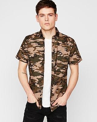 Express Mens Slim Camo Short Sleeve Button-Down Shirt