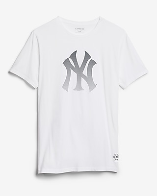 Express Mens New York Yankees Crew Neck Tee