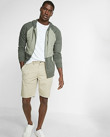 classic fit 10 inch destroyed cotton twill short
