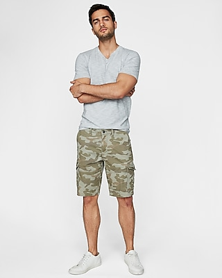 Express Mens Classic Fit 10 Inch Camo Stretch Cargo Shorts