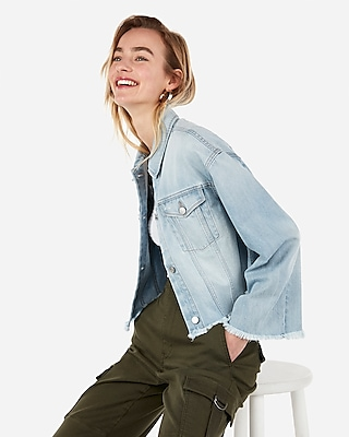 Express Womens Cropped Light Wash Bell Sleeve Denim Boyfriend Jacket