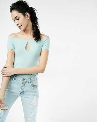 Off The Shoulder Keyhole Tee