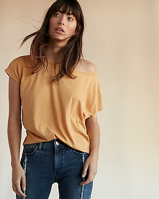 Express Womens Express One Eleven Off The Shoulder London Tee