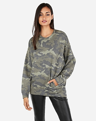 Express Womens Express One Eleven Oversized Camo Sweatshirt
