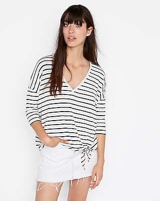 Express Womens Express One Eleven Striped Tie Hem V-Neck London Tee