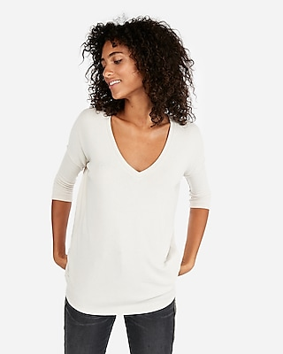Express Womens Express One Eleven V-Neck Plush Jersey London Tee Neutral Women's Xs Neutral Xs