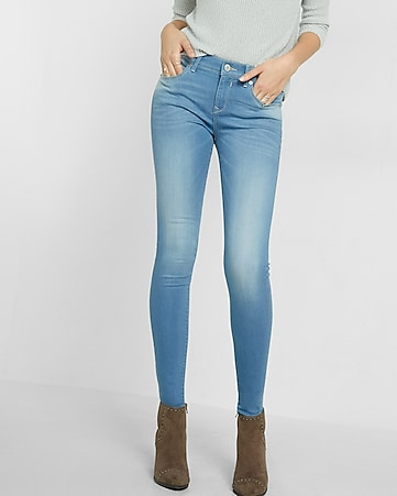 light wash mid-rise jean legging