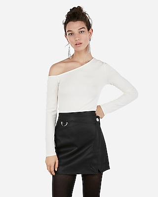 Express Womens Express Womens High Waisted D-Ring Wrap Front Faux Leather Mini Skirt
