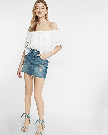 mid rise embroidered denim mini skirt