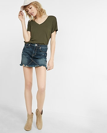 mid rise distressed denim mini skirt