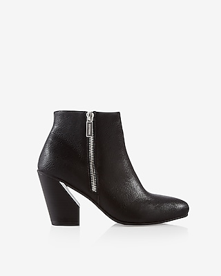 Express Womens Cut-Out Heeled Bootie