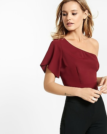 tie waist one-shoulder crop top