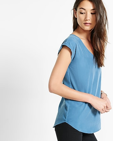 sandwashed v-neck top