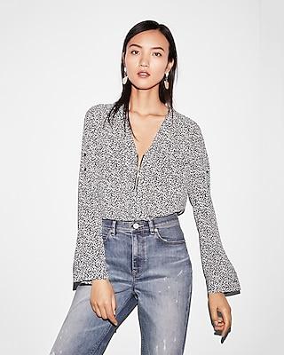 Express Womens Two Pocket Zip Front Long Sleeve Shirt