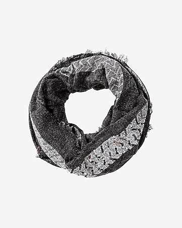 zigzag sequins loop scarf