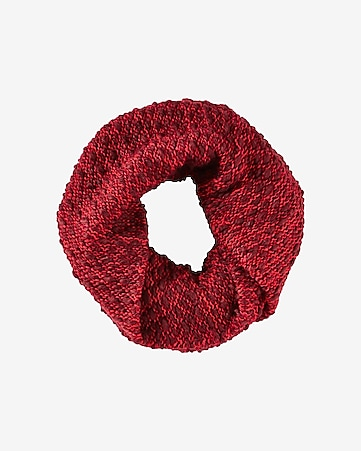 red marl knit twist loop scarf