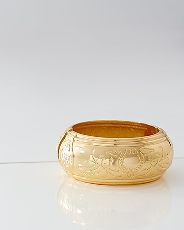 lesli dale etched hinge bangle