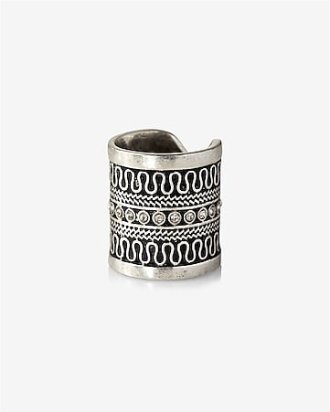 etched pave ring