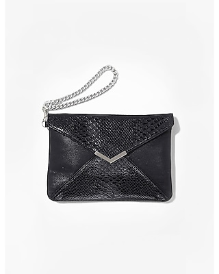 QUILTED ENVELOPE WRISTLET