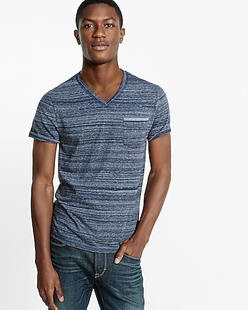 space dyed  v-neck pocket tee