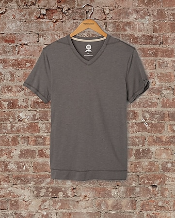express one eleven short sleeve v-neck tee