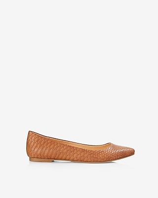 Express Womens Snakeskin Pointed Toe Flats