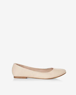 Express Womens Rounded Toe Flats