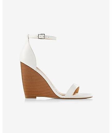 sleek wedge sandal