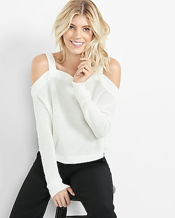 cold shoulder shaker knit sweater
