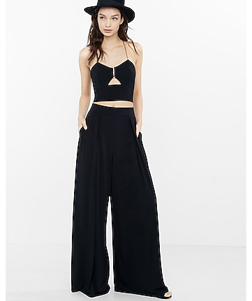 black cut out chain halter cropped top