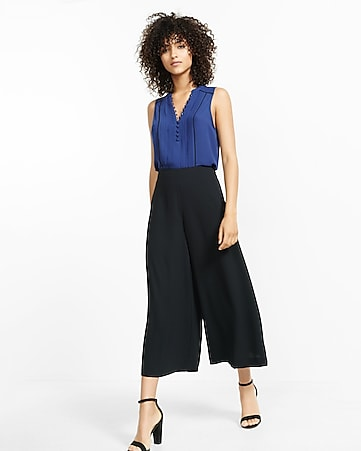 navy pintucked piped tank