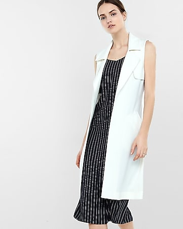 sleeveless soft trench coat