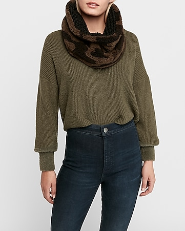 Reversible Chunky Knit Camo Sherpa Snood by Express