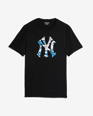 New York Yankees Camo Graphic Tee by Express