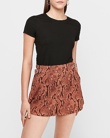 super high waisted snakeskin knit shorts