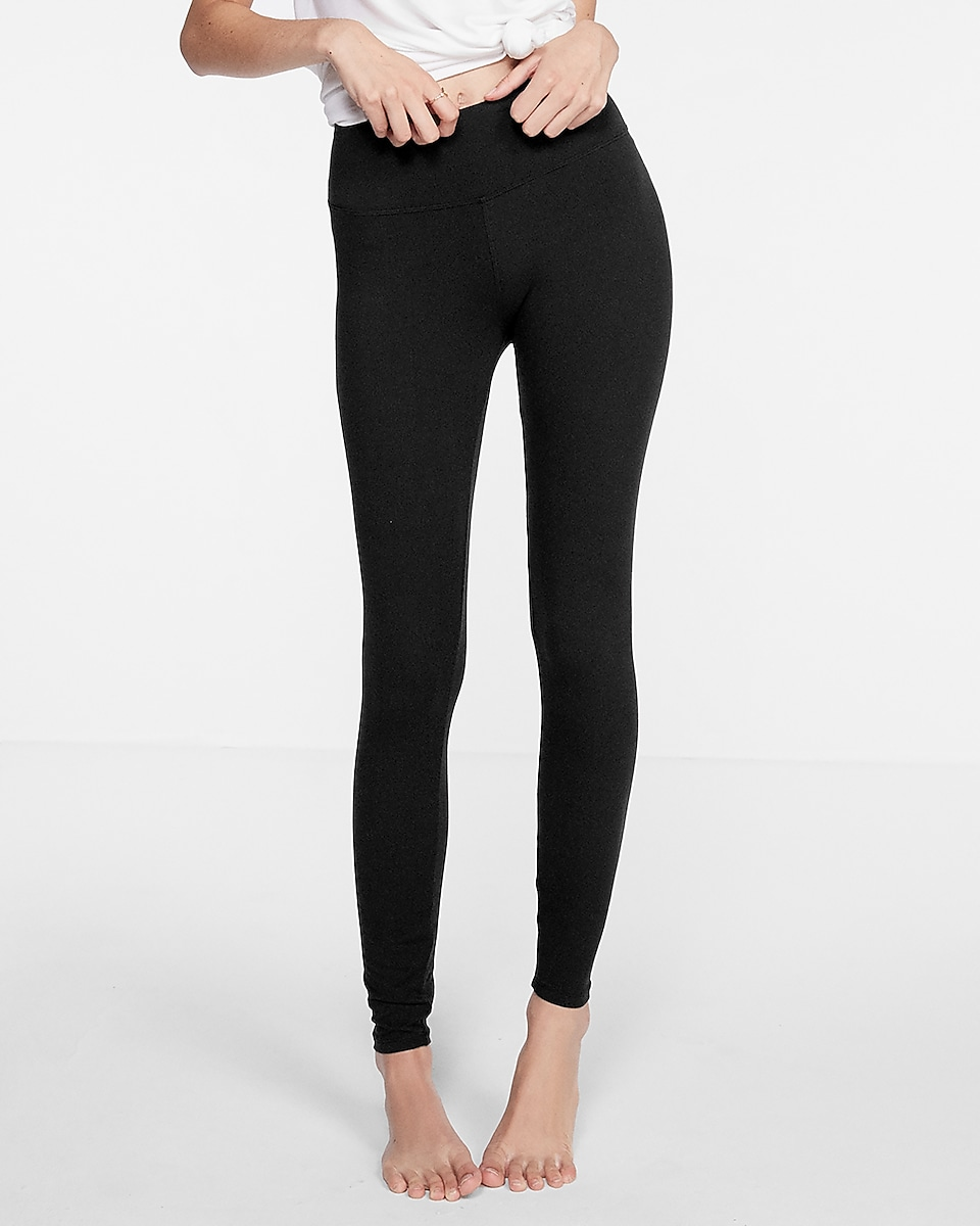 d98593db4a 19 Legging Brands That Are Just as Good as Lululemon | Her Campus