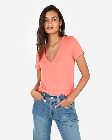 03eb5339dd2e1 Women s Tops - Shop a Vareity of Women s T Shirts - Express