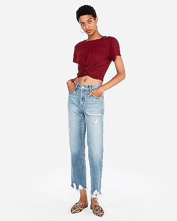 5c971d6e445f5 express view · express one eleven twist front cropped tee