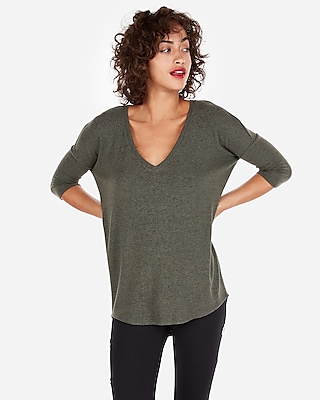 petite express one eleven v-neck plush jersey london tee