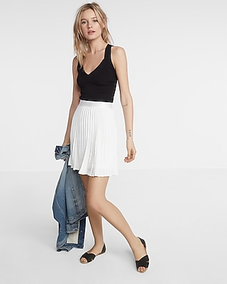 High Waisted Pleated Mini Skirt | Express