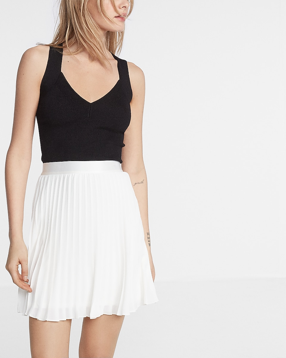 High Waisted Pleated Mini Skirt | Express