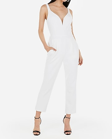 e3a2e49b express view · v-wire sweetheart neck jumpsuit
