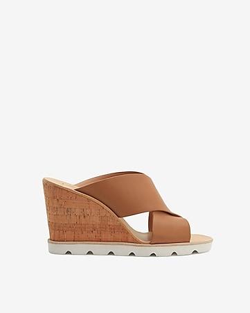 e40a55610fd1 express view · dolce vita linda sandals