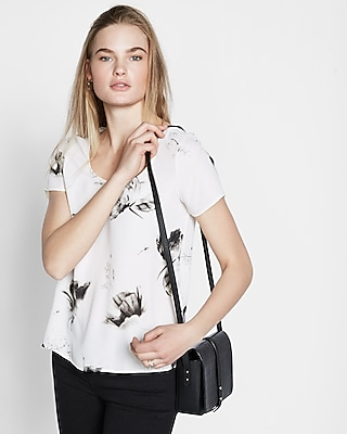 floral print step hem short sleeve blouse