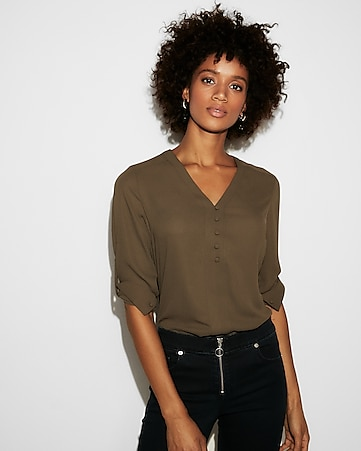 ee0f421999091 Women s Tops - Fashion   Button Up Shirts for Women - Express