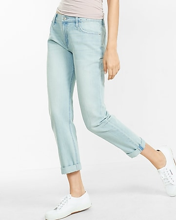 Light Wash Boyfriend Jeans | Express